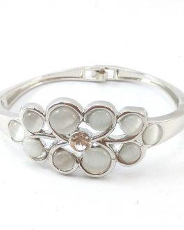 Silver Toned Flower Designed F...