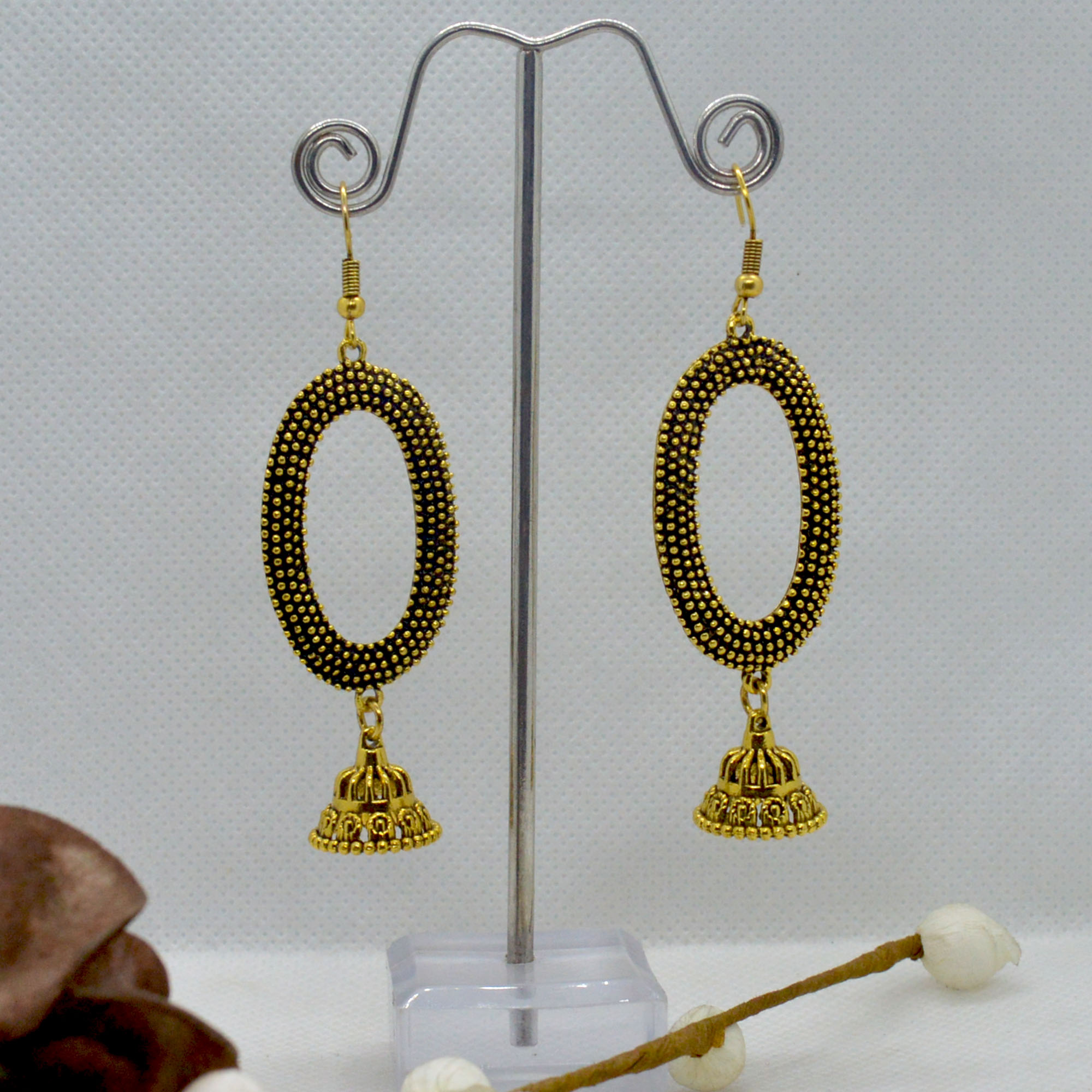 Golden Dot Patterned Oval Pinj...